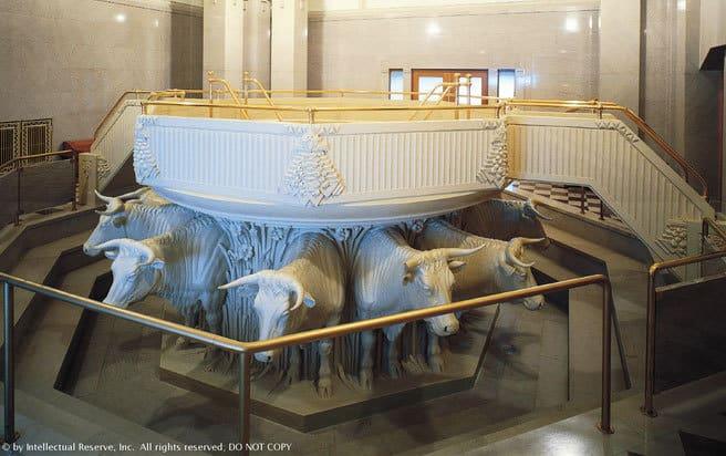 lds-temple-font-oxen